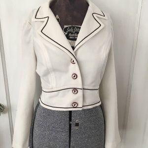 Short bolero jacket. 1960s polyester coverup.